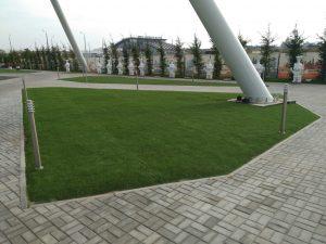 Искусственная трава ValexA на территории отеля